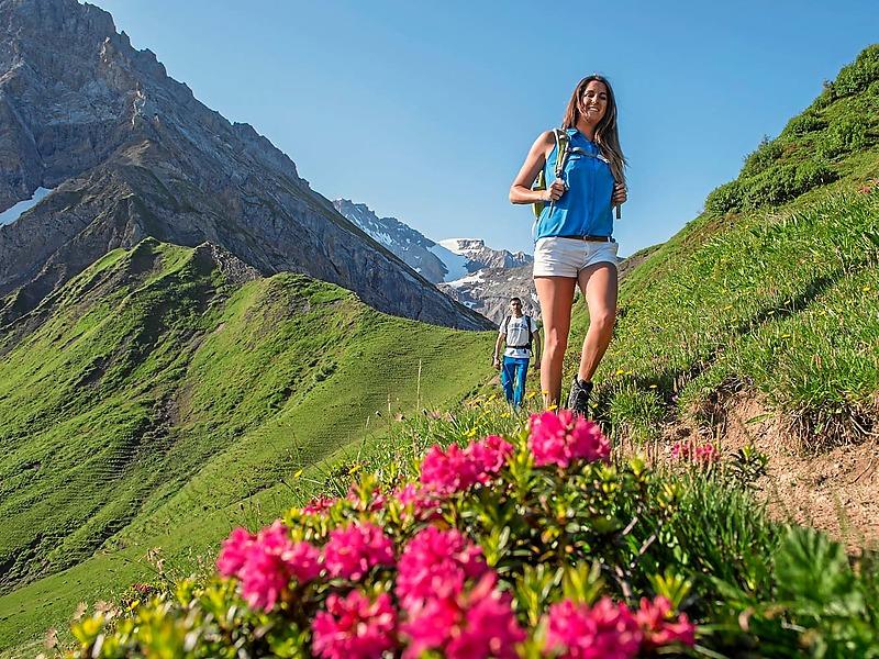 Hiking & enjoyment May 27 – October 25